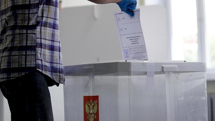 Rusya'da seçim günü: Halk sandık başında