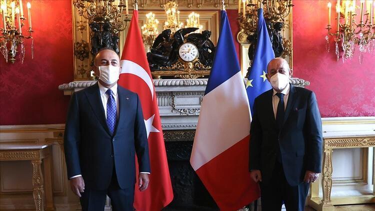Bakan Çavuşoğlu, Fransız mevkidaşıyla görüştü