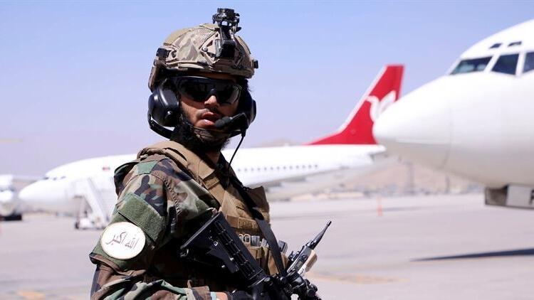 Afganistandan tahliyeler devam ediyor: 170 kişiyi taşıyan Katar Havayollarına ait uçak Dohaya indi