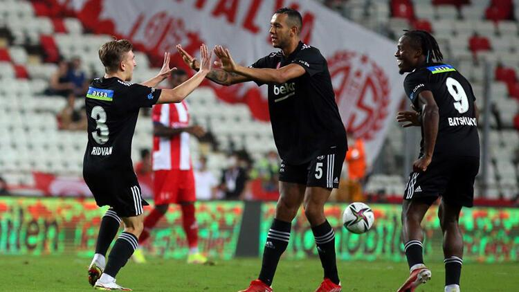 Antalyaspor 2-3 Beşiktaş (Maçın özeti ve golleri)