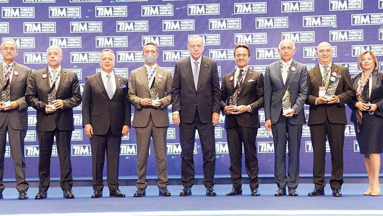 En çok ihracat yapan 10 firma ödüllendirildi