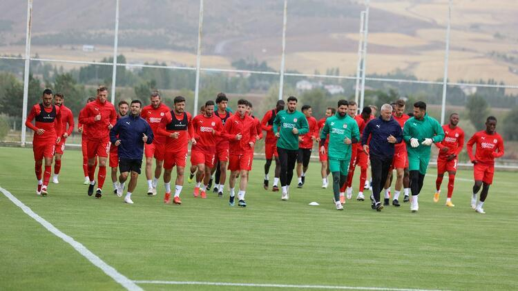 Sivasspor, Malatya deplasmanına 2 eksikle gidiyor