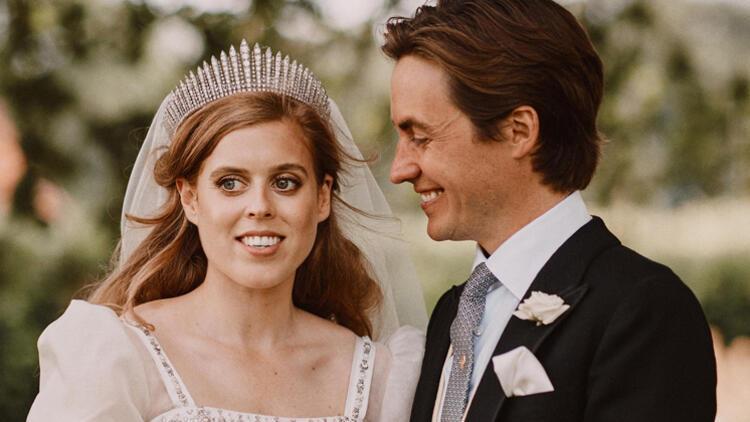 Prenses Beatrice ile eşi Edoardo Mapelli Mozziden beklenen bebek haberi geldi
