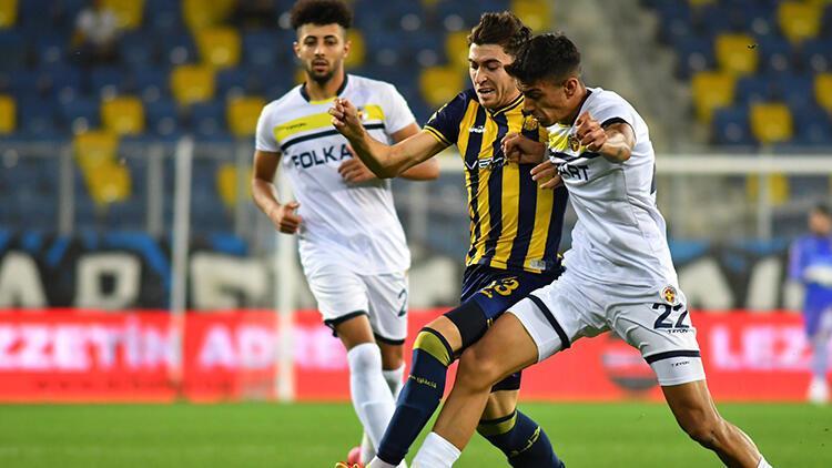 Ankaragücü ve Menemenspordan 4 gollü düello