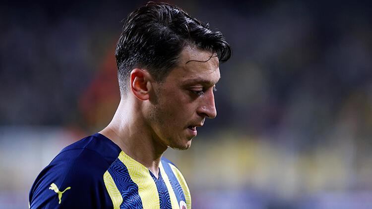 Son Dakika: Mesut Özil Fenerbahçede özüne döndü En çok koşan ve...