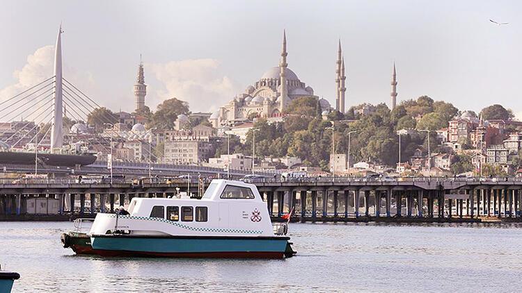 Deniz taksiler suya indi