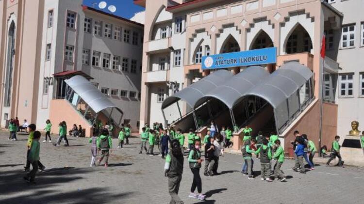 Kars Milli Eğitim Müdürü: 30 sınıfımız karantinaya alındı