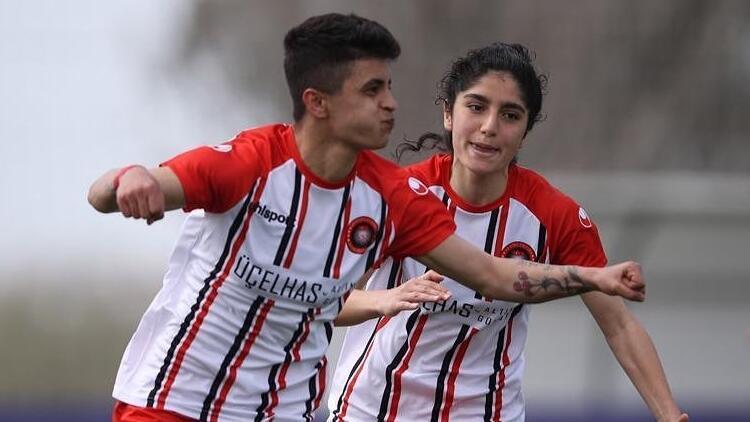 Gol kraliçesi Diyarbakırlı Zelalin Galatasaray hayali