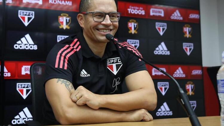 Son Dakika: Sao Pauloda Rogerio Ceni dönemi başladı Alex de Souza derken...