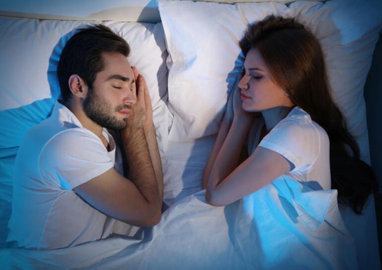 Uyku pozisyonunuz ilişkiniz hakkında ne diyor