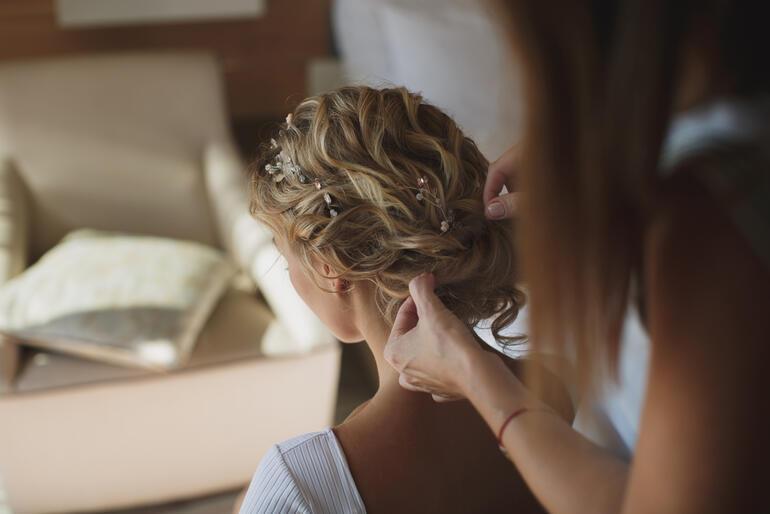 Gelin saçı yaptırırken dikkat etmeniz gereken 7 şey