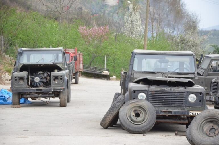 Hurdadan Askeri Araclari Aliyor Bu Hale Getiriyor