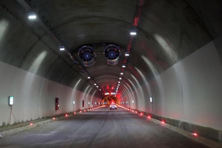 Turkiye Nin En Uzun Tuneli Bugun Aciliyor Sondakika