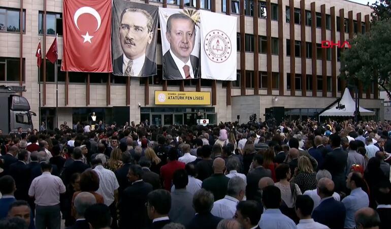 Son dakika… Cumhurbaşkanı Erdoğan, Atatürk Fen Lisesi'nde konuştu