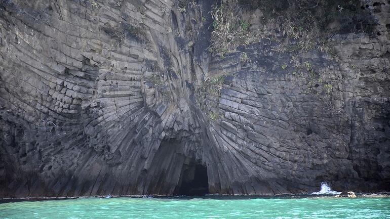 Bartında 80 milyon yıllık bir doğa harikası: Güzelcehisar Lav Sütunları