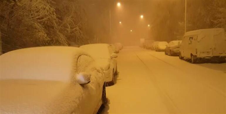 Son dakika... Erzurum güne kar sürprizi ile uyardı