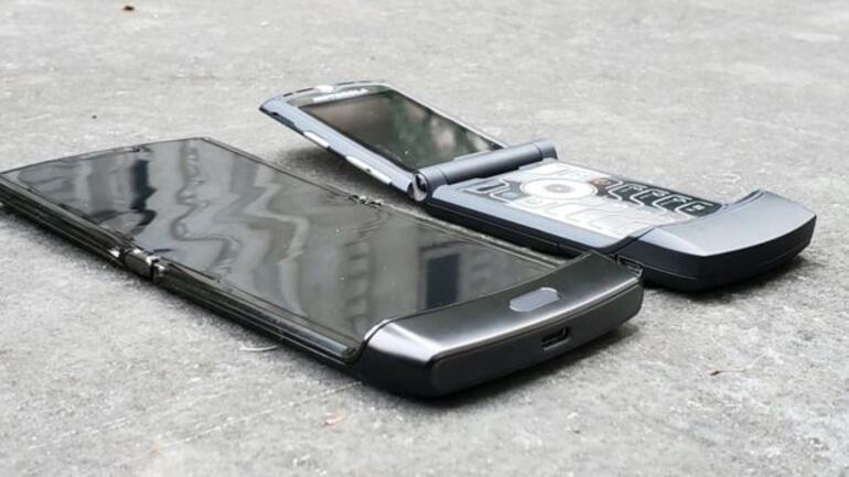 Motorola, katlanan telefonu Razrın yeni versiyonunu çıkartıyor