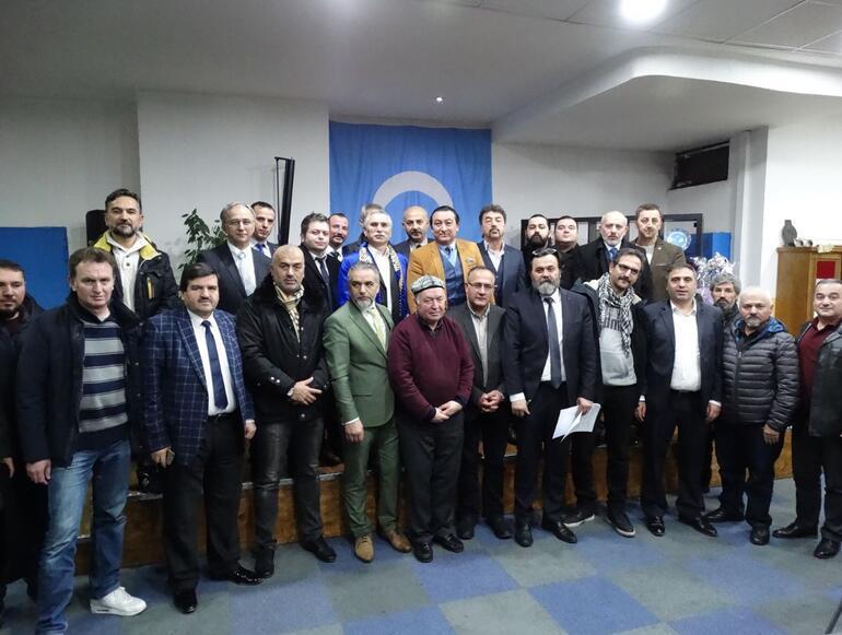 Mesut Özil'e 'Uygur Türkleri' adına teşekkür