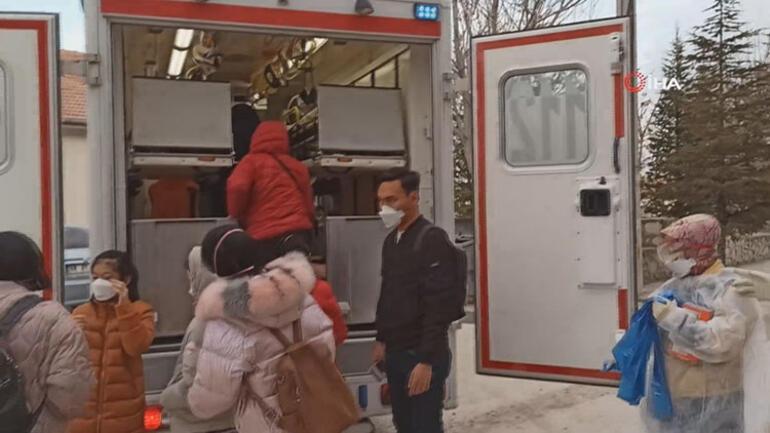 Son dakika... Aksarayda koronavirüs paniği 12 kişi hastaneye kaldırıldı