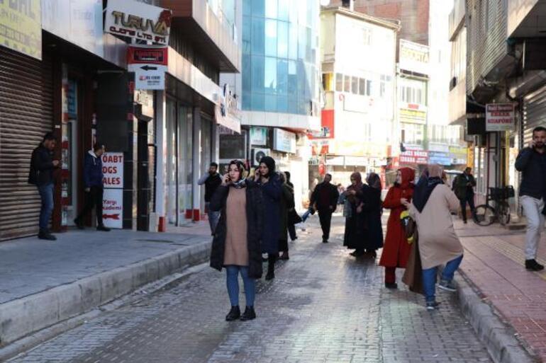 Son dakika haberler: İranda 5.9 büyüklüğünde deprem Van çevresinde de hissedildi
