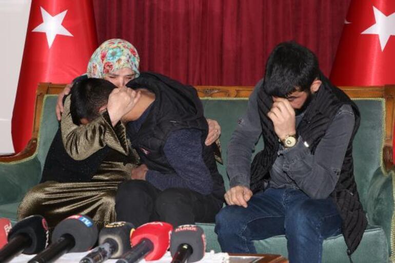 Son dakika haberler... Diyarbakırda nöbet tutan bir aile daha evladına kavuştu