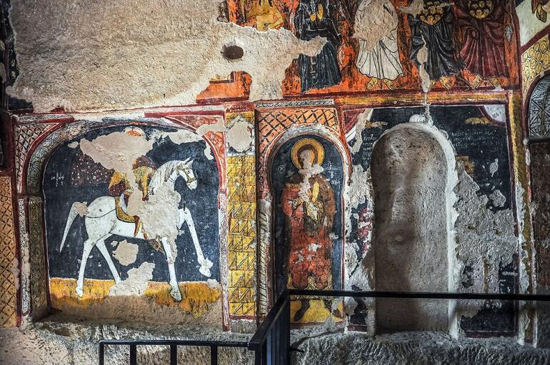 Kapadokyanın duvar resimleriyle ünlü Aziz Jean Kilisesi
