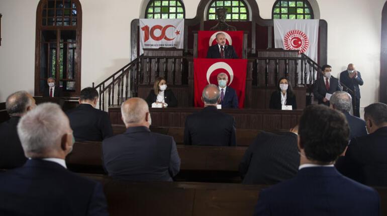 Meclis 100 yaşında Anıtkabir ve TBMMde sade tören...