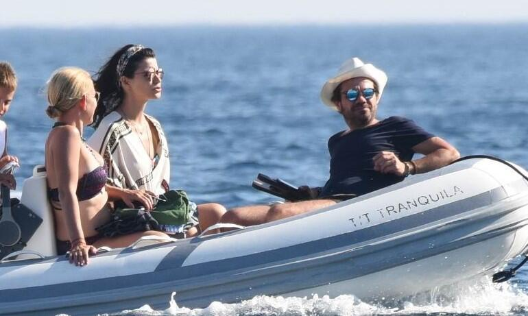 Beren Saat ile Kenan Doğulunun yaz planı tekne tatili