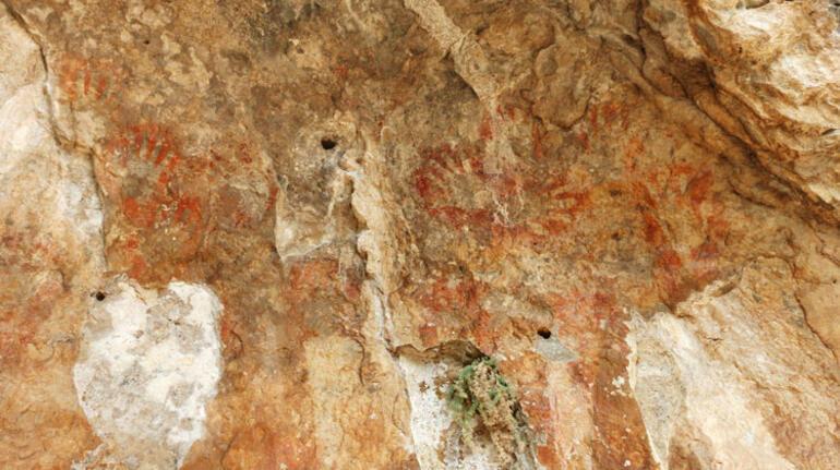 Toroslardaki binlerce yıllık el baskılarının yer aldığı mağaralar, milli park olacak