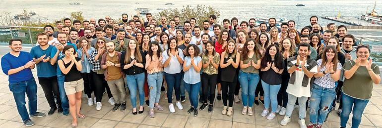 15 milyarlık mucizeyi yazan 35 üniversiteden 100 genç