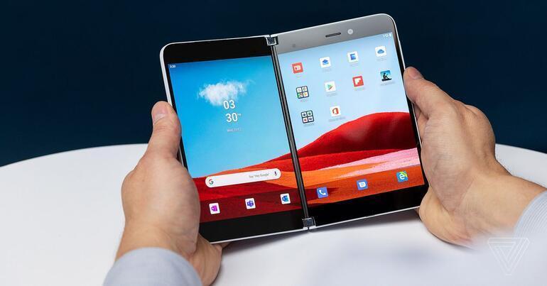 Çift ekranlı Microsoft Surface Duo satışa çıkıyor