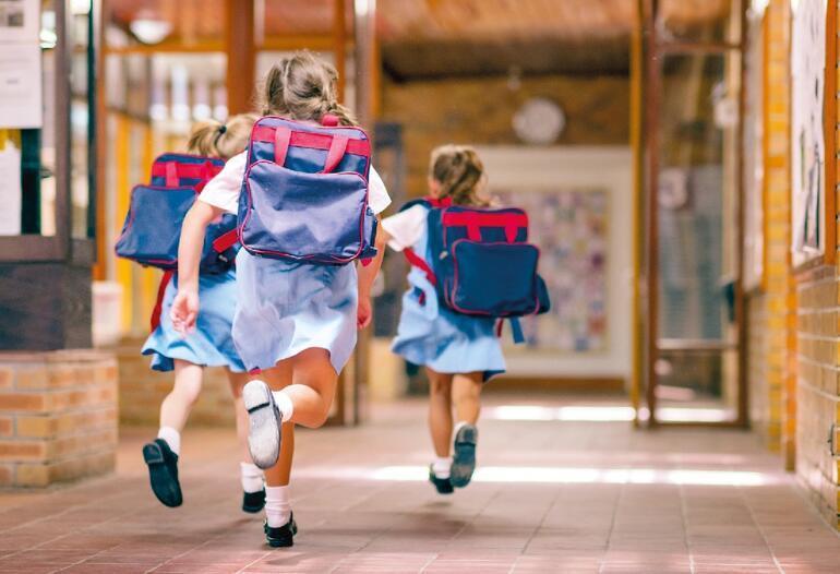 Vaka sayıları artıyor, peki okullar açılacak mı