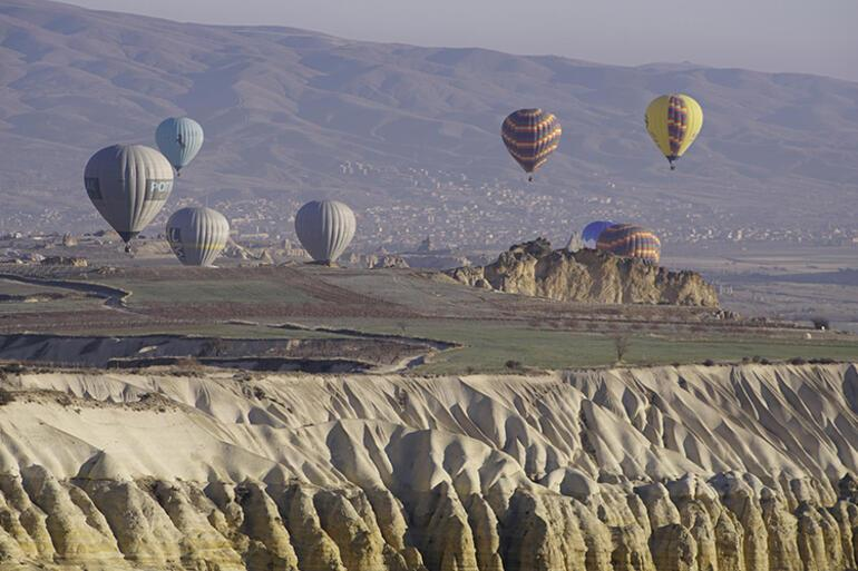 Kapadokyada balon uçuşları başlıyor