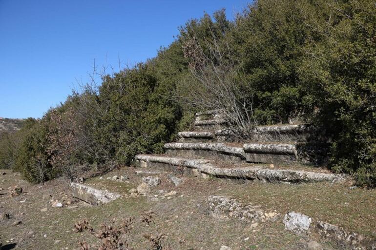 Türkiyenin peşini bırakmadığı antik yazıt İtalyadan geri alınıyor
