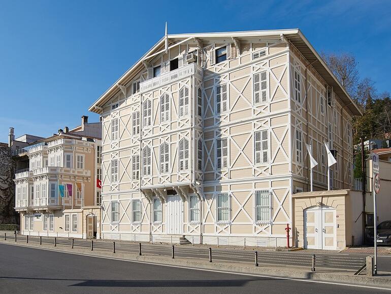 Türkiyenin ilk özel müzesi: Sadberk Hanım Müzesi