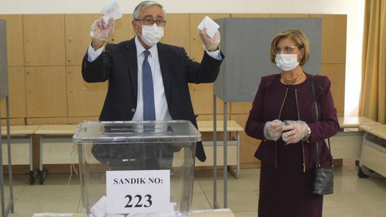 Son dakika... Kıbrıs seçim sonuçları: KKTCde Cumhurbaşkanlığı seçimi ikinci tura kaldı