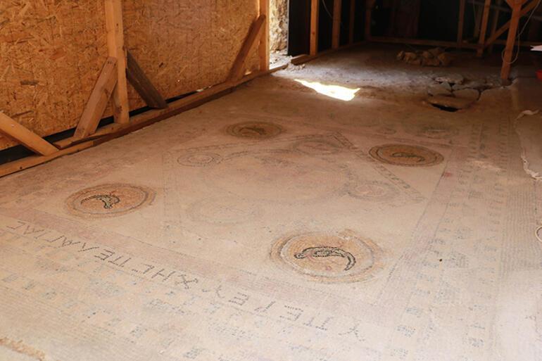 Balatlar Kazısı'nda, Zeugmadakilere benzer mozaikler bulundu