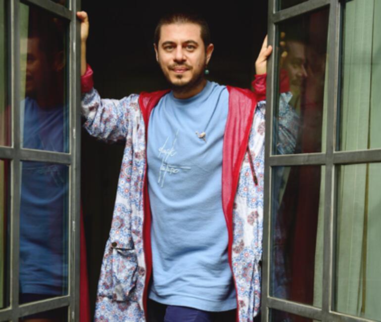 Yönetmen Cem Karcı: Kırmızı Oda, bir iyileşme hikayesi