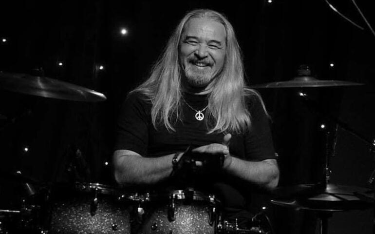 Müzisyen Sefa Ulaştır hayatını kaybetti