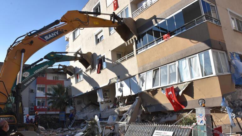 Son dakika... Depremin ardından dikkat çeken görüntü Vinçlerle destek verildi...