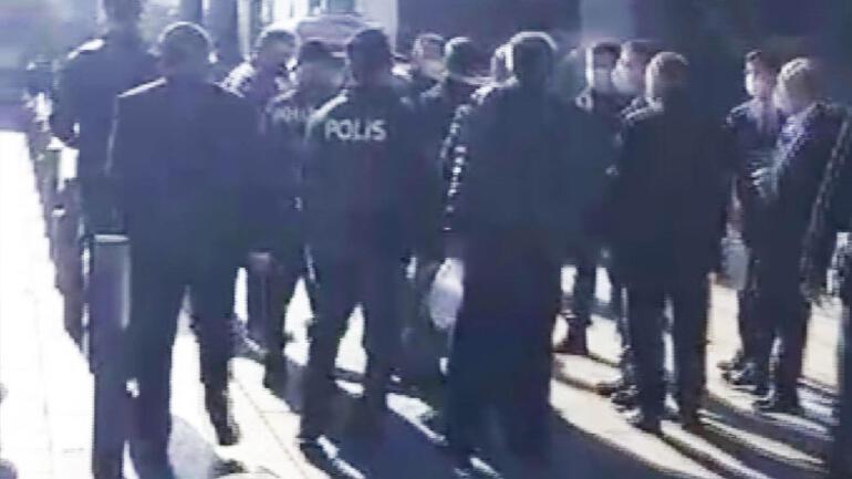 Son dakika... İBB Başkanı İmamoğlu ile taksiciler arasında gerginlik: Kimi yuhluyorsun sen