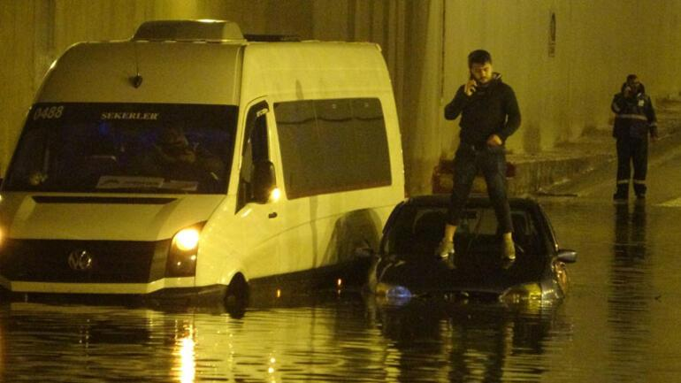 Son dakika haberi: İzmir ve Antalya'daki sel felaketinde son durum ...