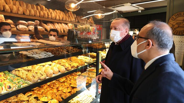 Son dakika haberler: Cumhurbaşkanı Recep Tayyip Erdoğan İstanbulda bir fırından alışveriş yaptı