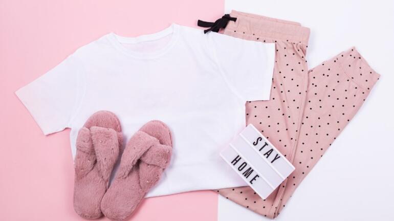 Evde Tarzınızı Konuşturun Yeni Yılın Pijama Trendleri