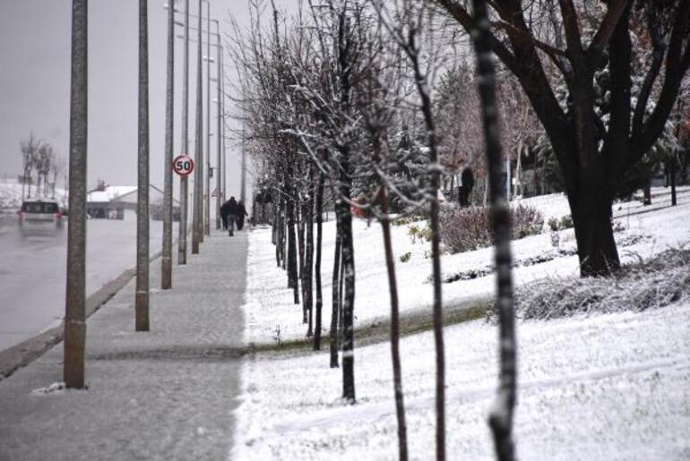 Son dakika: Meteoroloji departmanı Ankara'da yoğun kar yağışına karşı uyardı