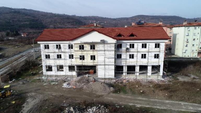 Mesut Özil, memleketi Devreke spor kompleksi yaptırıyor