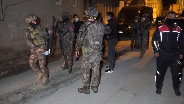 KADES butonuna bastı, polis alarma geçti Antalyada hareketli dakikalar