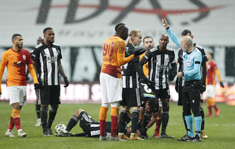Galatasaray'da Mbaye Diagne şoku! Cüneyt Çakır affetmedi...