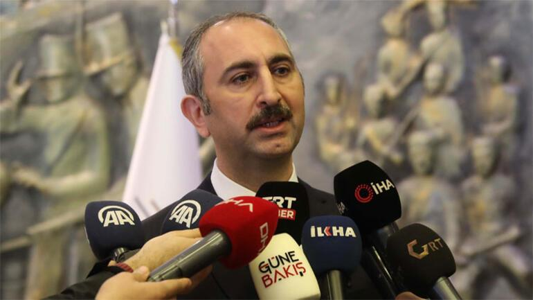 Son dakika haberleri... Adalet Bakanı Gül'den Süleyman Soylu'nun annesine yazılan alçak sözlere çok sert tepki