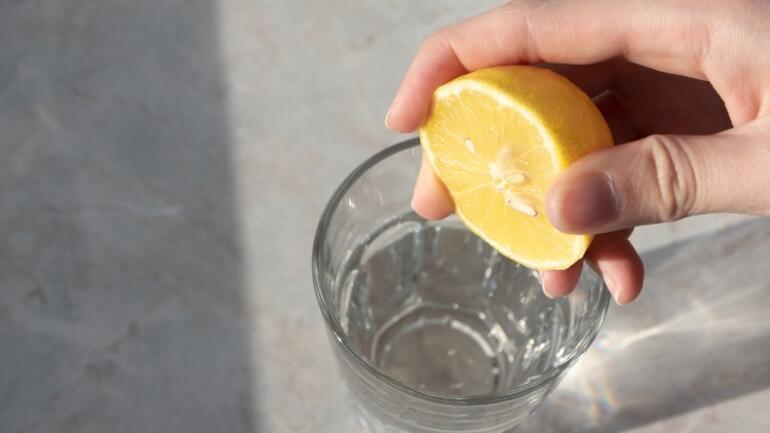 Limonlu Suyun Faydaları Neler